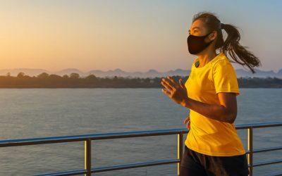 É falso! Fazer exercício de máscara facial NÃO oferece riscos à saúde.
